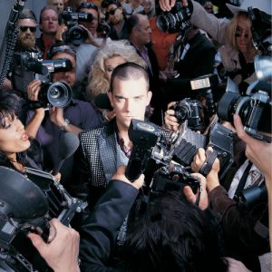 Robbie Williams Life thru a Lens, 1997